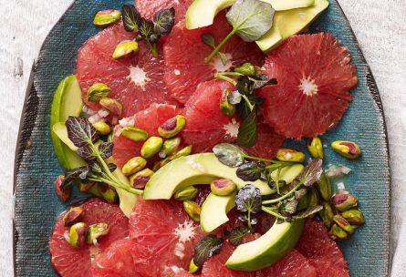 Червена грейпфрутова салата с авокадо и шам фъстък | Timefortrain.com